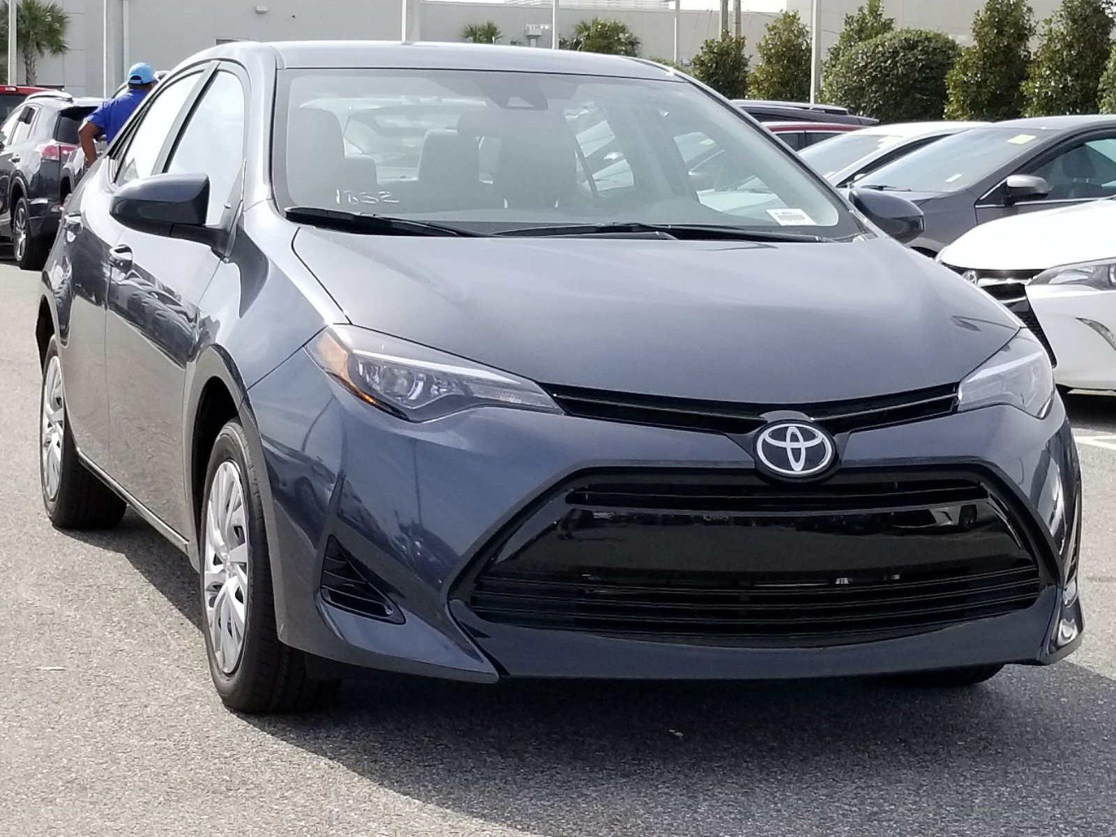 New 2018 Toyota Corolla LE 4dr Car in Orlando