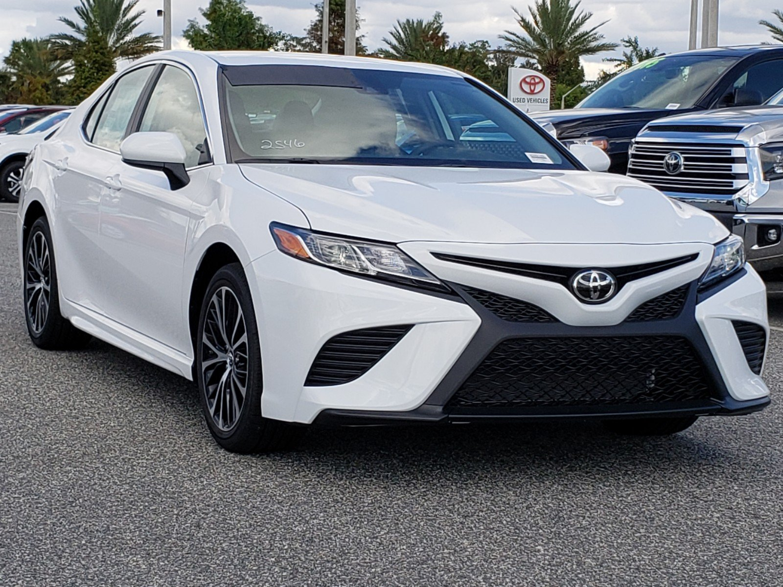 New 2019 Toyota Camry SE 4dr Car in Orlando