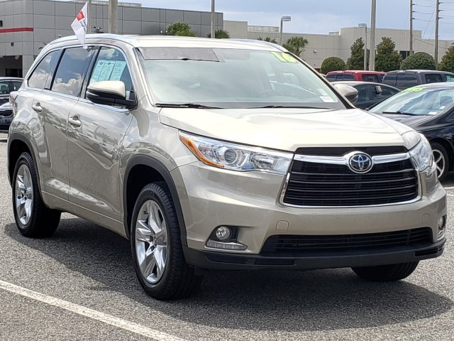 Certified Pre-Owned 2016 Toyota Highlander LTD